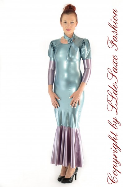 Bodenlanges Kleid mit Puffärmeln