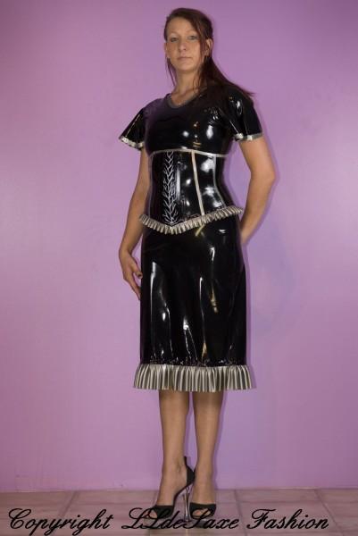 Damenkleid mit Rüschen Volant